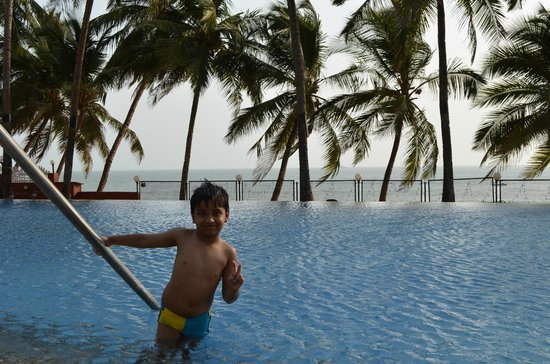Bogmallo Beach Resort: Swimming Pool