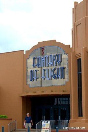 Fantasy of Flight main entrane