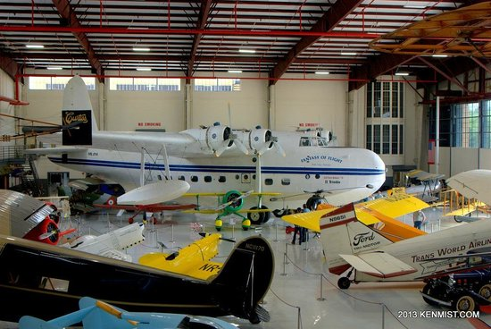 Fantasy of Flight: One of the hangars with vintage aircraft of every era
