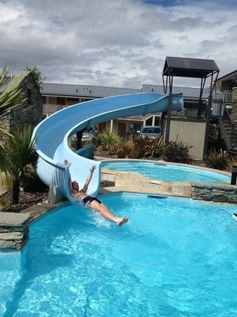 Ramada Resort Wanaka: fun on the slide!