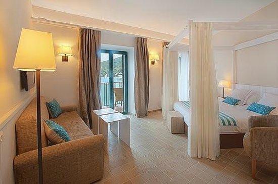 Hotel Playa Sol: Triple mar confort