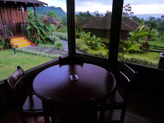 Hotel Lomas del Volcan: terrasse du lodge