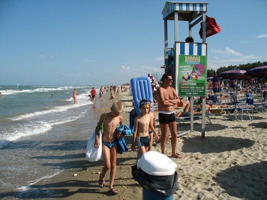 Salinello Village: The beach