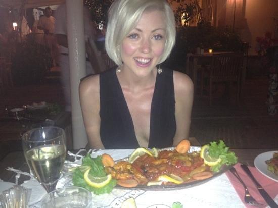 Oyster Residence Restaurant: enjoying amazing prawns x