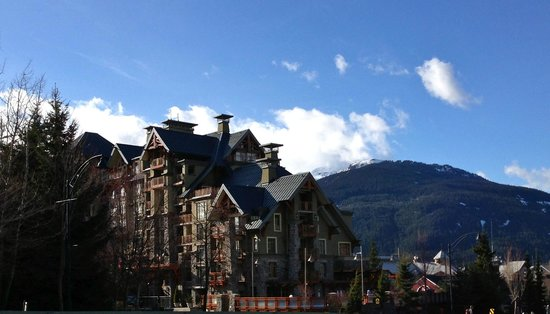Pan Pacific Whistler Village Centre : Outside, across the street