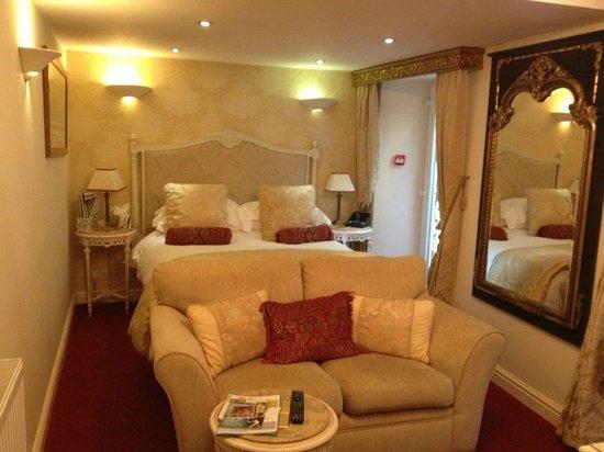 The Somerville: bedroom