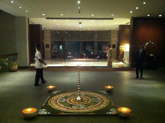 ITC Sonar: lobby entrance