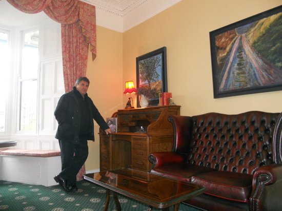 Belvedere Lodge: Sitting room.