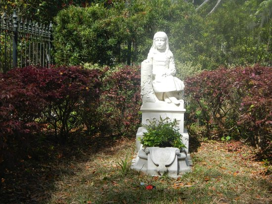 """6th Sense World - Historic Ghost and Cemetery Tours: """"Gracie"""""""