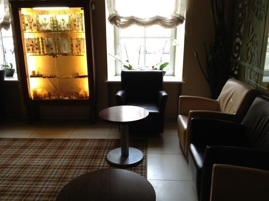 Algirdas City Hotels: холл
