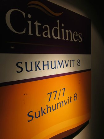 Citadines Sukhumvit 8 Bangkok: Look for the Purple and Orange signs...