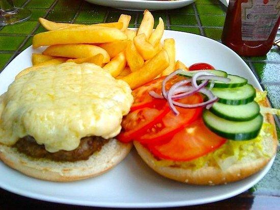The Green Cafe: Homemade angus burger