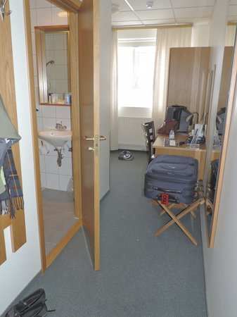 22 Hill Hotel: view of room as you enter (bath on left)