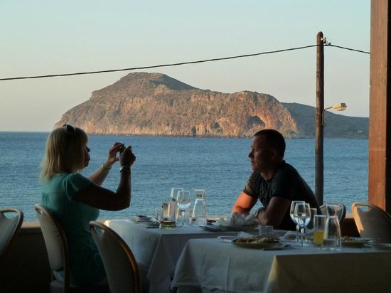 Porto Platanias Beach Resort & Spa: View of Ocean from Hotel Restaurant