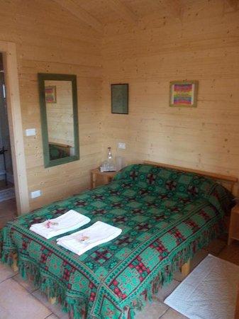 Casale Le Crete: Il letto accogliente