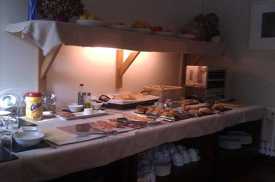 Hotel Casona del Nansa: Desayuno bufet