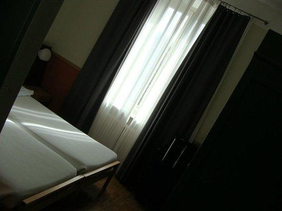 Hotel Pestalozzi Lugano: Quarto