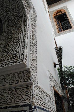 Riad La Cle de Fes: déco du patio