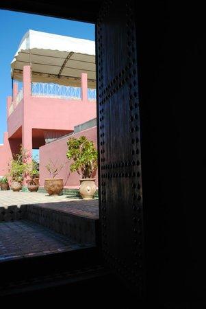 Riad La Cle de Fes : entrée de la terrasse de toit
