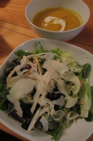 The Wellington Gastropub : Fennel and Pear Salad; Root Puree