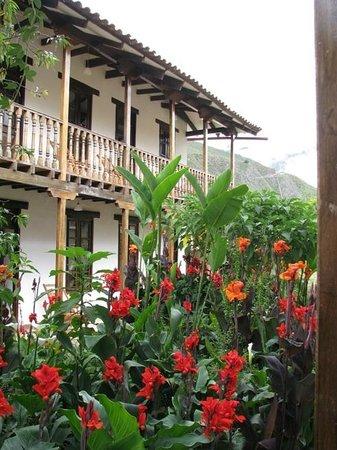 El Albergue Ollantaytambo: Nuestra habitación desde afuera