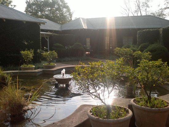 Jatinga Country Lodge: Photo by characterstay.blogspot.com