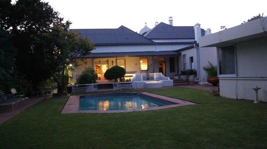Caledon Villa Pool&Garden