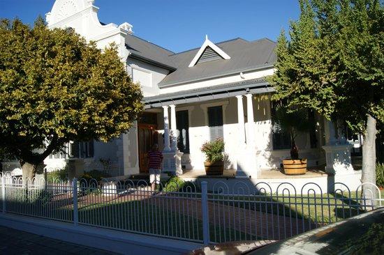 Caledon Villa front