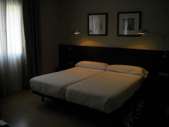 Hotel Medium Prisma: Letto