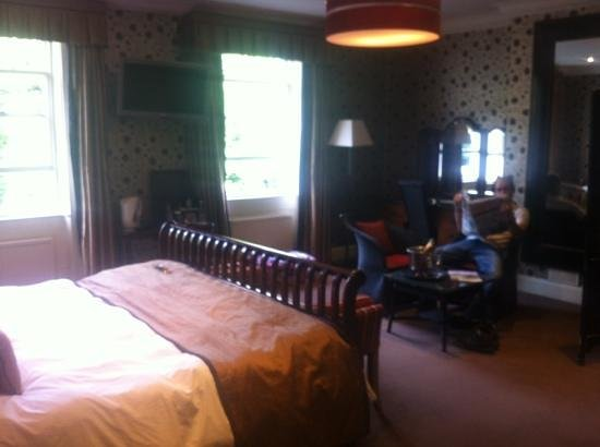 The Eastbury Hotel : lovely large room