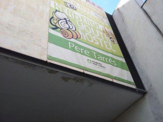 Albergue Pere Tarres: Entrada-Pere-Tarrés