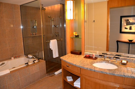Mandarin Oriental, Boston: Salle de bain