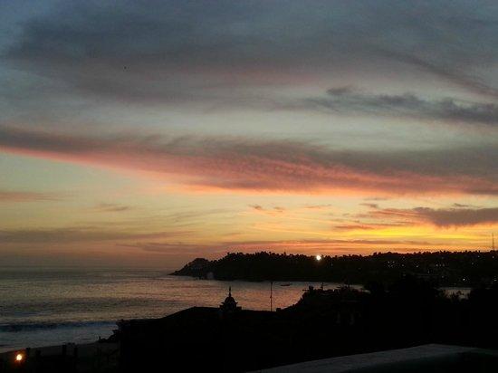 Studios Tabachin del Puerto : Sunset from the balcony