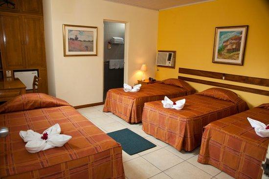 阿科斯塔特羅飯店照片