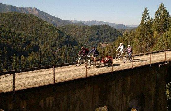 Cowboy Up Montana Roadhouse Dinner & Bed: World famouse Hiawatha Bike trail