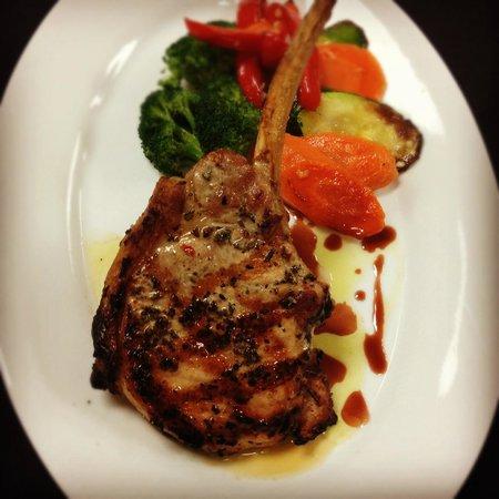 Il Chianti Restaurant: Pork Chop