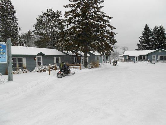 Farzwego Winter Nights: Property view