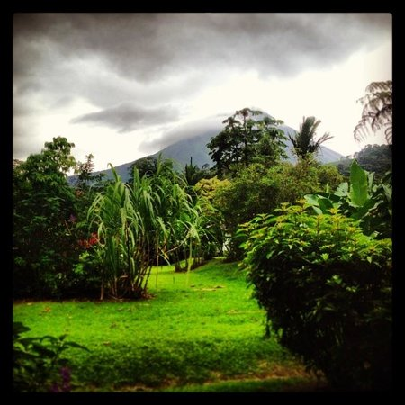Volcano Lodge & Springs: A room with a view