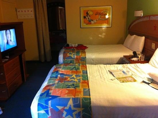 Disney's All-Star Sports Resort: My room in the Tennis Bldg.