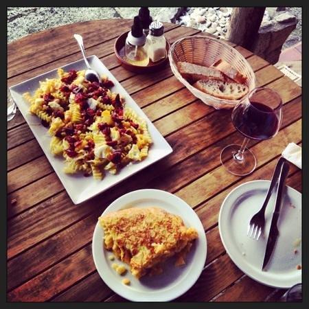 Taperia San Xoan: Huevos Rotos