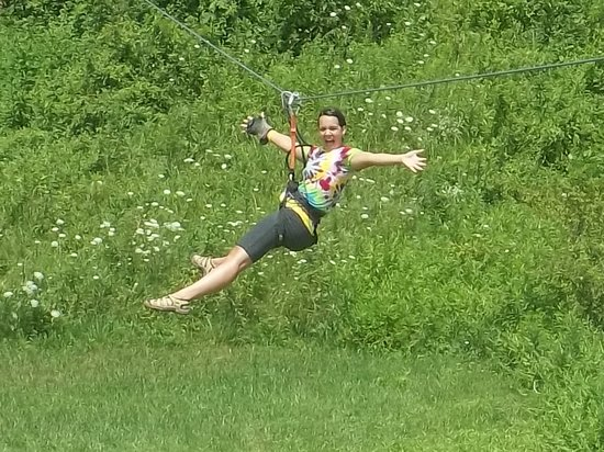 Hocking Peaks Adventure Park: Waterfront Zip Line