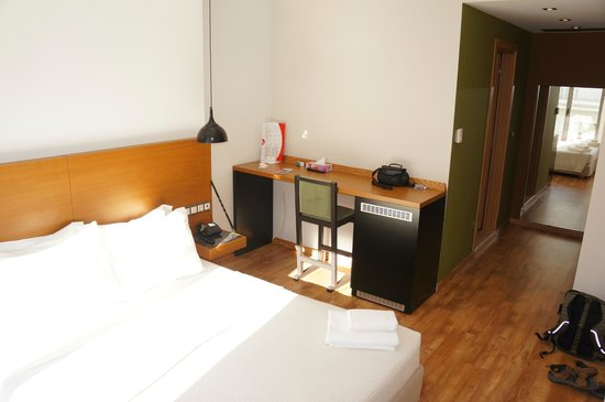 A for Athens: Spacious Room