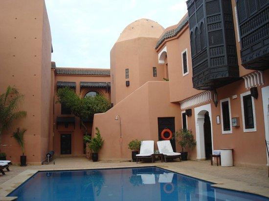 Les Borjs de la Kasbah: the pool area
