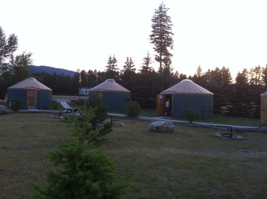 North American RV Park & Yurt Village: Yurts, better than cabins