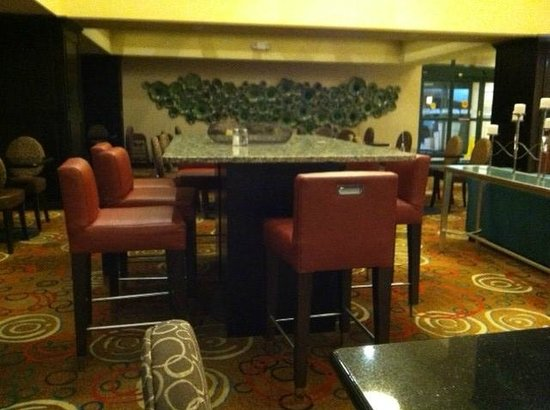 Holiday Inn Express Hotel & Suites Cordele North: Breakfast area