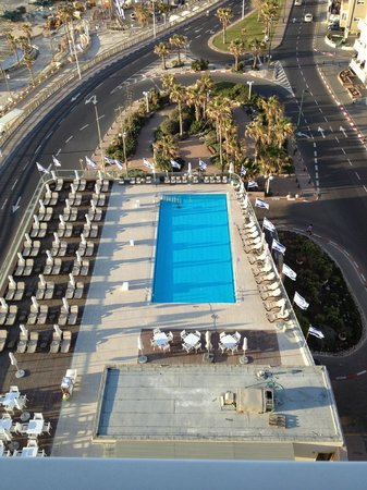 Sheraton Tel Aviv Hotel: its a pool