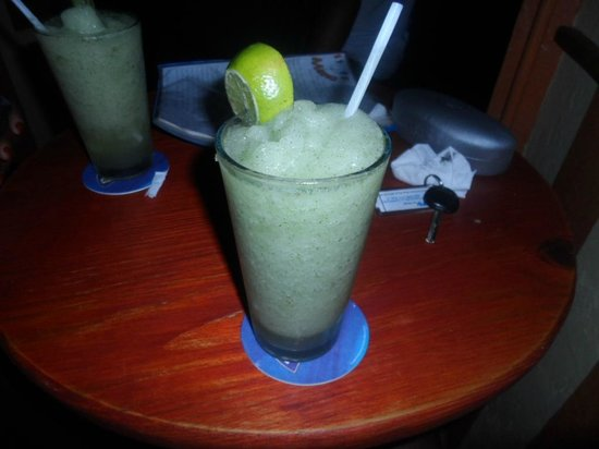 Assis-Toi: Frozen Mojito? Best mojito I've had in my life to date.