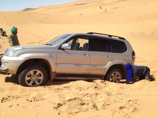 Bivouac Merzouga Campsite : 4x4 in the desert