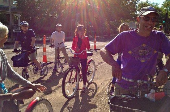 Big Easy Bike Tours : Biking with Bob (far right) in The Big Easy