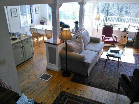 Photo of The Ledge House Bed And Breakfast Harpers Ferry